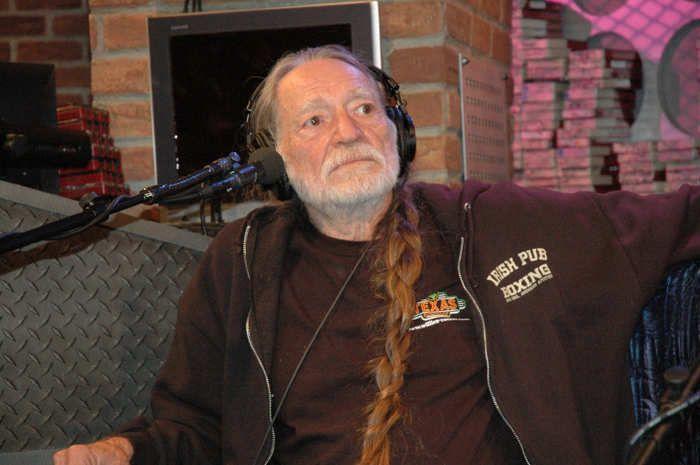 Willie Nelson visits The Howard Stern Show studios - OKSANA ON MY MIND