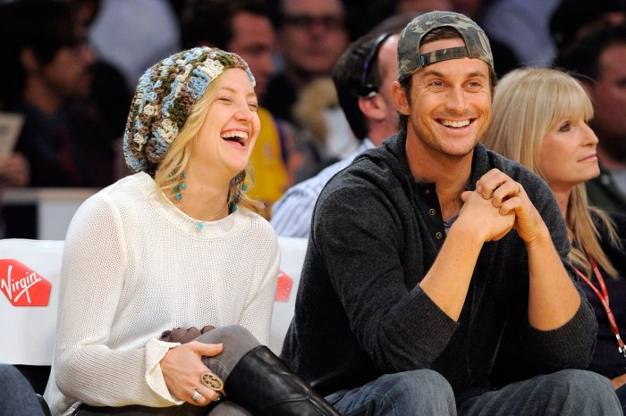 Kate and Oliver Hudson at a Los Angeles Lakers game