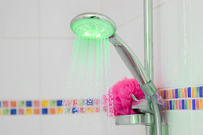A Hydrao smart showerhead in action.
