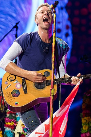 Coldplay Performs a Tribute to the City of Houston