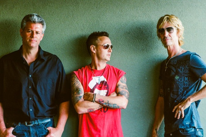 Levee Walkers, left to right: Barrett Martin, Mike McCready, Duff McKagan. Photo by Lance Mercer