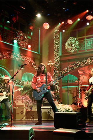 Foo Fighters Rock 'SNL' With a Christmas Medley