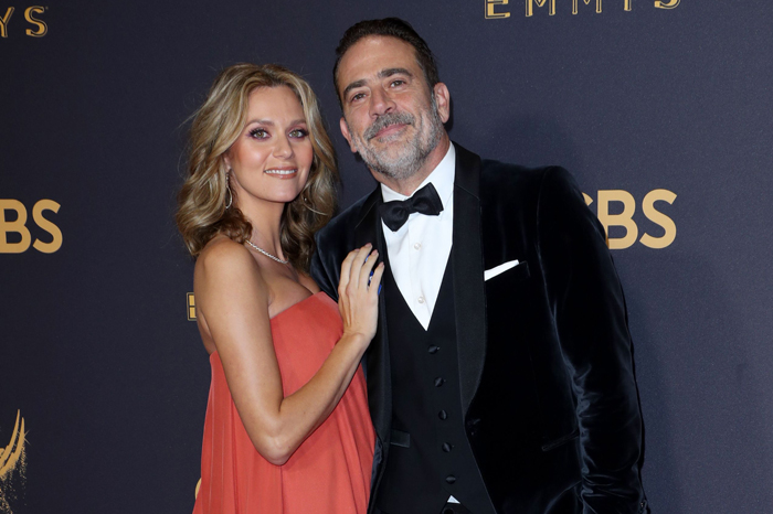Jeffrey Dean Morgan and his wife Hilarie Burton at the 2017 Emmy Awards