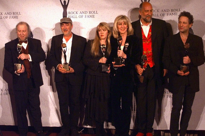 Fleetwood Mac at the 1998 Rock and Roll Hall of Fame induction ceremony