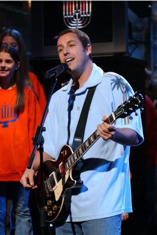 Adam Sandler to Make 'SNL' Hosting Debut