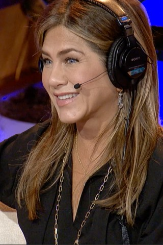 Jennifer Aniston Makes Official Stern Show Debut