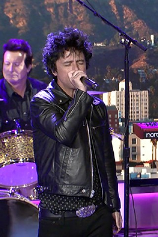 Green Day Closes Out Howard's Trip to Hollywood