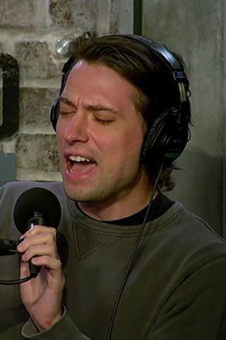 JD & Memet Perform In-Studio Karaoke