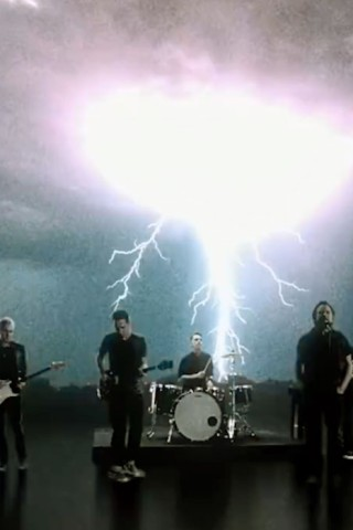 Pearl Jam Releases 'Dance of the Clairvoyants'
