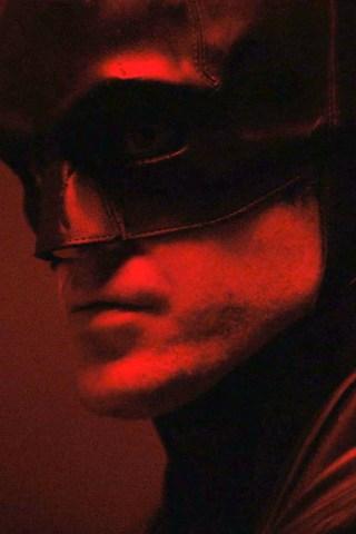 Robert Pattinson Makes His Debut as 'The Batman'