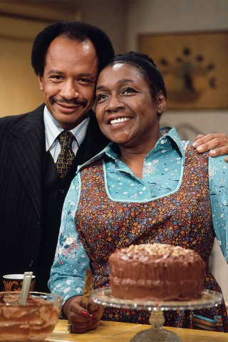 Robin Quivers Sings 'The Jeffersons' Theme Song