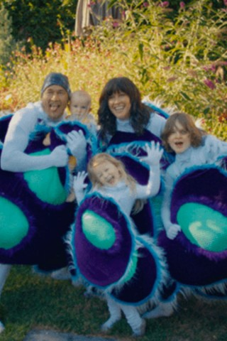 Alanis Morissette Celebrates Her Family in 'Ablaze'