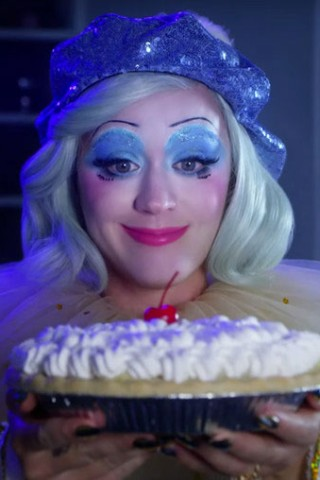 Katy Perry Clowns Around in New Music Video