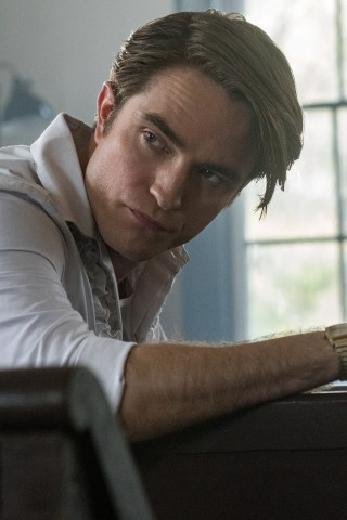 Robert Pattinson Plays a Preacher in New Movie
