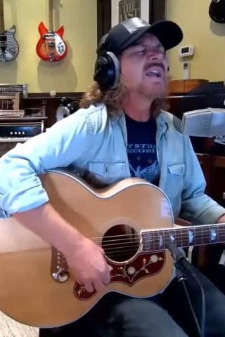 Eddie Vedder Opens Up in Stern Show Debut