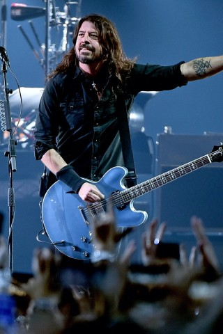 Foo Fighters Release New Song 'Waiting on a War'