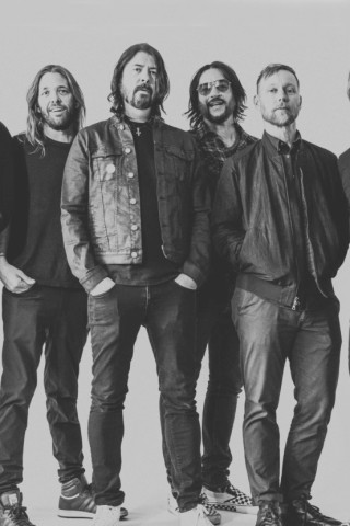 Dave Grohl Tells Howard Foo Fighters Will Play MSG