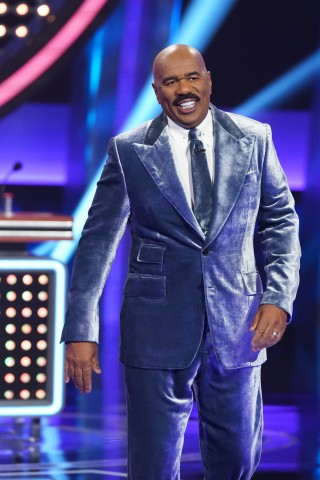 Howard & Beth Invited on 'Celebrity Family Feud'