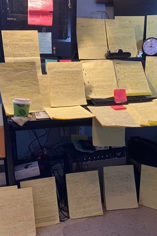 See Bobo's Legal Pad Full of Stern Show Questions